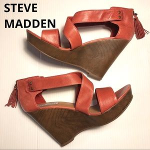 Steve Madden Gwen platform wedge red leather 9.5